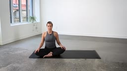 20 Minute Everyday Vinyasa Flow Yoga Class | lululemon